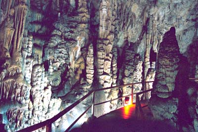 5diktean_cave.jpg